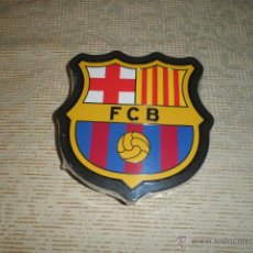 Coleccionismo deportivo: LATA FUTBOL CLUB BARCELONA PRODUCTO LICENCIADO OFICIAL NUEVO PRECINTADO GRANDE FÚTBOL. Lote 50546446