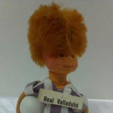Coleccionismo deportivo: MUÑECO FUTBOLISTA REAL VALLADOLID .ORIGINAL AÑOS 70. Lote 50855594