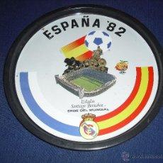 Coleccionismo deportivo: BANDEJA METAL NARANJITO MUNDIAL 82 SANTIAGO BERNABEU SEDE REAL MADRID. Lote 50887833