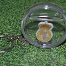 Coleccionismo deportivo: LLAVERO REAL MADRID LIGA ACB . Lote 51196773