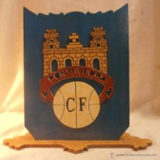 Coleccionismo deportivo: MARQUETERIA CLUB DE FUTBOL PONTEVEDRA. Lote 52376020