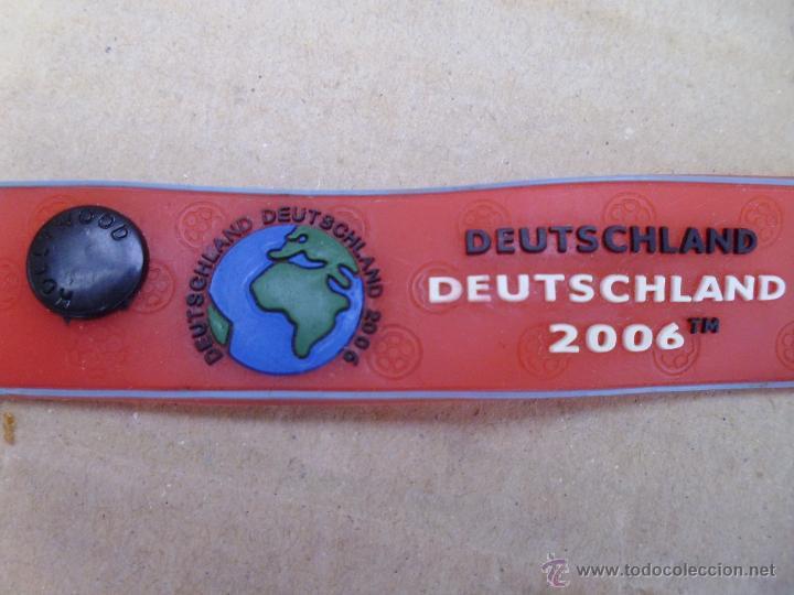 Coleccionismo deportivo: Pulsera de goma o látex de la copa del mundo de futbol 2006 mira las fotos - Foto 3 - 52871223