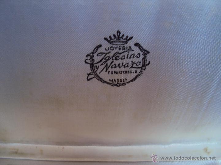 Coleccionismo deportivo: (F-1437)PITILLERA DE PLATA OBSEQUIO DEL REAL MADRID A GUSTAVO BIOSCA,C.F.BARCELONA,7-2-1962 - Foto 3 - 54655403