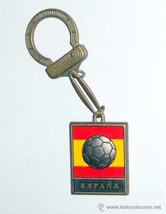 Coleccionismo deportivo: LLAVERO KEYRING ANTIGUO FUTBOL MUNDIAL ESPAÑA 82. FOOTBALL VINTAGE. WORLD CUP SPAIN 82 - Foto 2 - 55041383