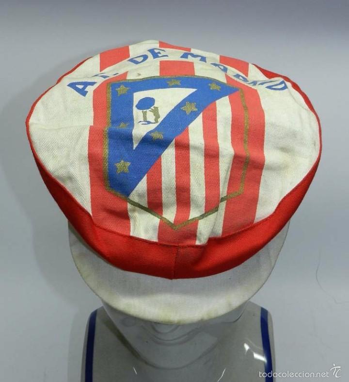 ANTIGUA GORRA DE FUTBOL DEL ATLETICO DE MADRID, AÑOS 50, TAL Y COMO SE VE EN LAS FOTOGRAFIAS PUESTAS (Coleccionismo Deportivo - Merchandising y Mascotas - Futbol)
