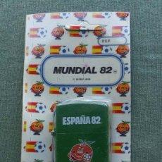 Coleccionismo deportivo: ENCENDEDOR - MECHERO MUNDIAL DE FUTBOL 82 - NARANJITO - DE TUKO AL - LA SA DE MADRID VARIEDAD VERDE. Lote 170076900