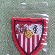 Coleccionismo deportivo: FELPA ESCUDO DE SEVILLA CLUB DE FUTBOL - . Lote 58416828