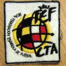 Colecionismo desportivo: ESCUDO PARCHE FEDERACION ESPAÑOLA DE FUTBOL. Lote 141210593