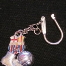 Coleccionismo deportivo: ANTIGUO LLAVERO FUTBOL CLUB FC BARCELONA F.C BARÇA CF . Lote 61259659