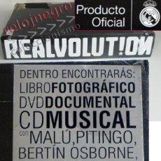 Coleccionismo deportivo: REALVOLUTION PRECINT- REAL MADRID LIBRO FOTOS DVD CD MALÚ OSBORNE CIVERA FÚTBOL DEPORTE MÚSICA CHAPA. Lote 62264620