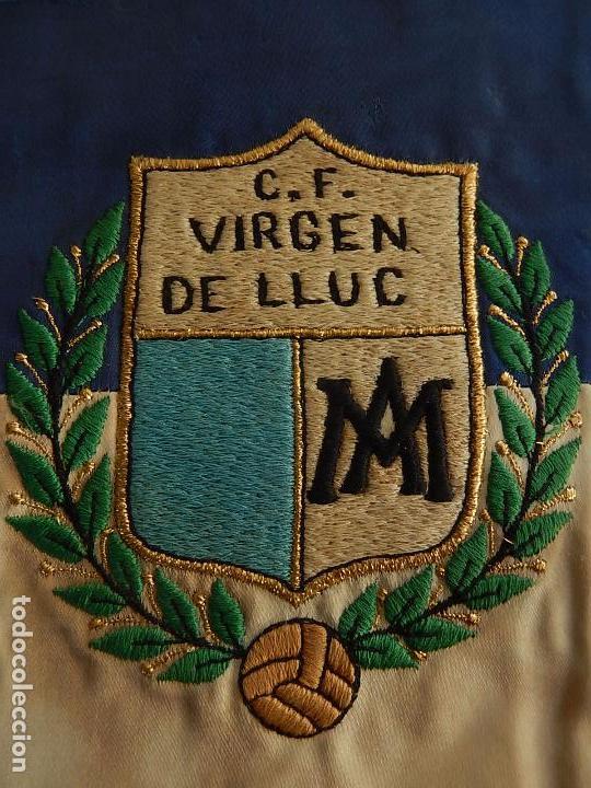 ESCUDO EQUIPO FUTBOL. C. F. VIRGEN DE LLUC (LLUCH). MALLORCA. DÉCADA DE 1970. (Coleccionismo Deportivo - Merchandising y Mascotas - Futbol)