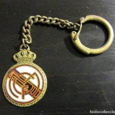 Coleccionismo deportivo: LLAVERO KEYRING REAL MADRID VINTAGE ANTIGUO. Lote 78470397