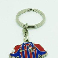 Coleccionismo deportivo: LLAVERO FC.BARCELONA CAMISETA DOS EQUIPACIONES 2002-2003 LLAV049. Lote 80580854