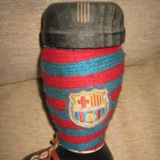 Coleccionismo deportivo: BOTA DEL FUTBOL CLUB BARCELONA,BOTELLA DE BRANDY.. Lote 81846136