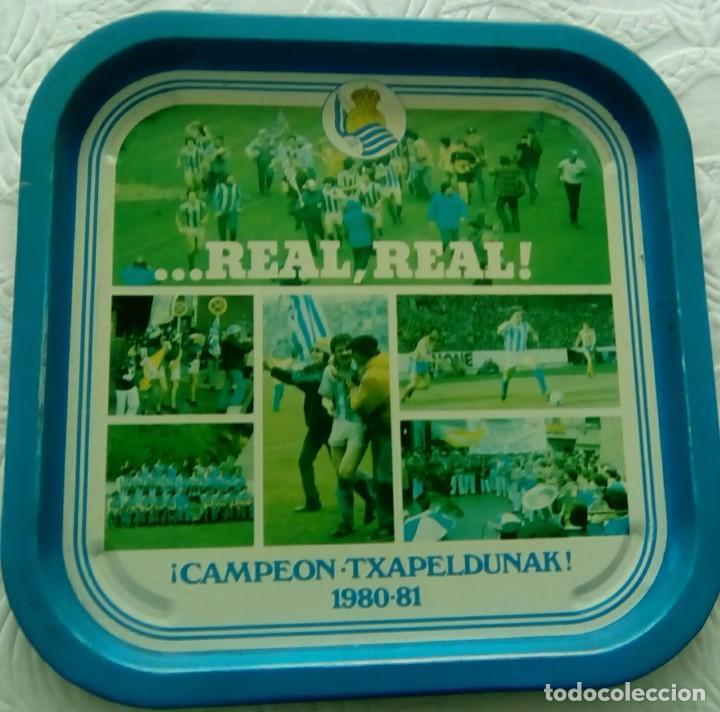 BANDEJA. REAL SOCIEDAD, TXAPELDUNAK 1.980-81 (Coleccionismo Deportivo - Merchandising y Mascotas - Futbol)