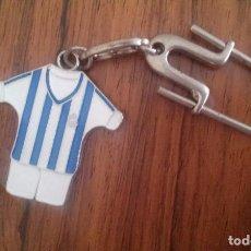 Coleccionismo deportivo: LLAVERO REAL SOCIEDAD DE FUTBOL TXAPELDUN 1980-81 1981-82 CAMPEON DE LIGA. Lote 88132084