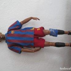 Coleccionismo deportivo: FIGURA ARTICULADA - 29 CM - SAMUEL ETOO . Lote 93101690