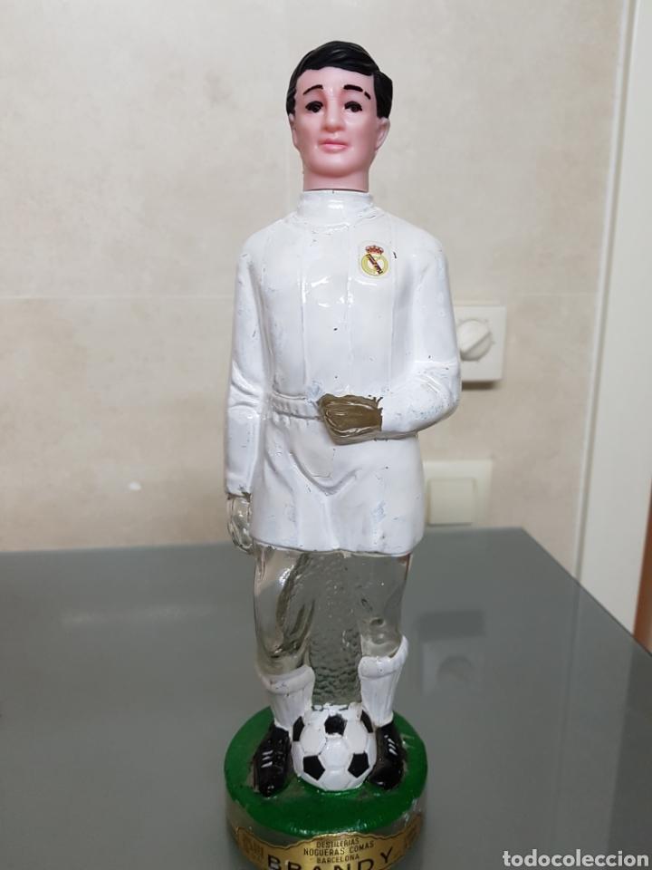 ANTIGUA BOTELLA BRANDY REAL MADRID 32 CM NOGUERAS COMAS VACIA (Coleccionismo Deportivo - Merchandising y Mascotas - Futbol)