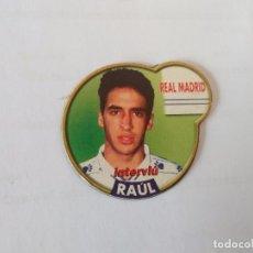 Coleccionismo deportivo: IMÁN DE NEVERA ESTRELLAS DE LA LIGA 1996-1997 INTERVIÚ - REAL MADRID 96-97: RAÚL. Lote 94462570
