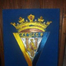 Coleccionismo deportivo: ESCUDO DEL CADIZ CF. Lote 94729503