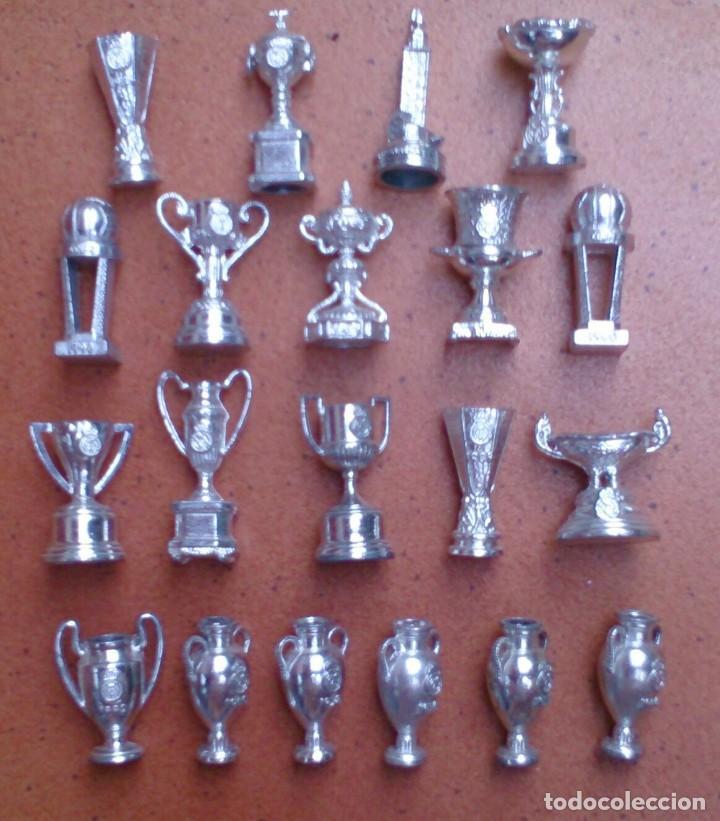 COLECCIÓN 20 COPAS TROFEOS MINIATURA REAL MADRID DEL AS (Coleccionismo Deportivo - Merchandising y Mascotas - Futbol)