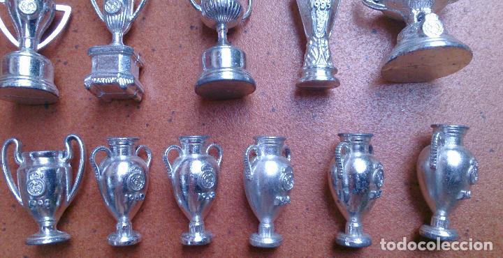 Coleccionismo deportivo: Colección 20 copas trofeos miniatura Real Madrid del AS - Foto 2 - 107562439