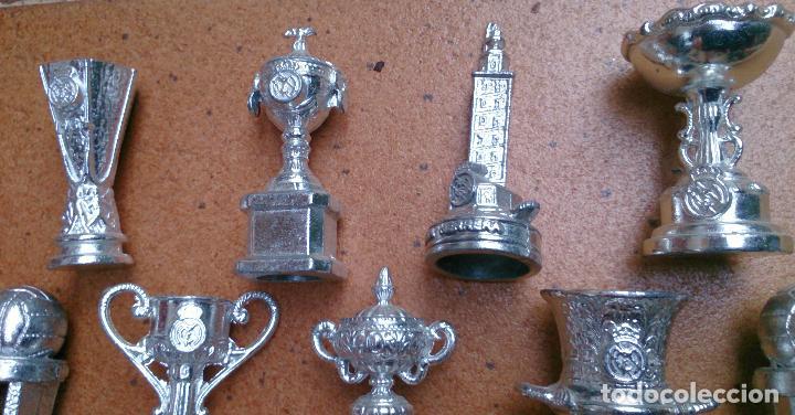 Coleccionismo deportivo: Colección 20 copas trofeos miniatura Real Madrid del AS - Foto 4 - 107562439