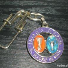Coleccionismo deportivo: -LLAVERO FUTBOL REAL MADRID - KEYRING. Lote 99480051