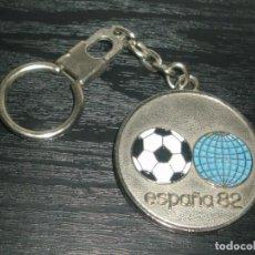 Collectionnisme sportif: -LLAVERO FUTBOL MUNDIAL ESPAÑA 82 - BARCELONA SEDE DEL MUNDIAL - KEYRING. Lote 99480503