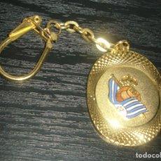Coleccionismo deportivo: -LLAVERO FUTBOL REAL SOCIEDAD - KEYRING. Lote 182221083