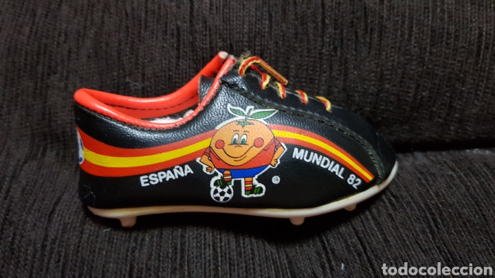 BOTA NARANJITO DERECHA MUNDIAL A ESPAÑA 82 (Coleccionismo Deportivo - Merchandising y Mascotas - Futbol)
