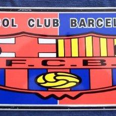 Coleccionismo deportivo: PLACA CHAPA MATRÍCULA DEL FÚTBOL CLUB BARCELONA . Lote 101085899