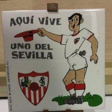 Coleccionismo deportivo: AZULEJO DE 15X15 CON TRIPODE DE PVC DEL SEVILLA F.C. 3 MODELOS DIFERENTES. Lote 101227507