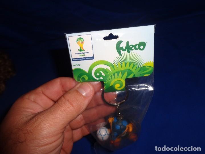 Coleccionismo deportivo: FULECO - LLAVERO OFICIAL MUNDIAL DE BRASIL,FIFA WORD CUP, MIDE UNOS 6 CM, VER FOTOS!! SM - Foto 7 - 105891583