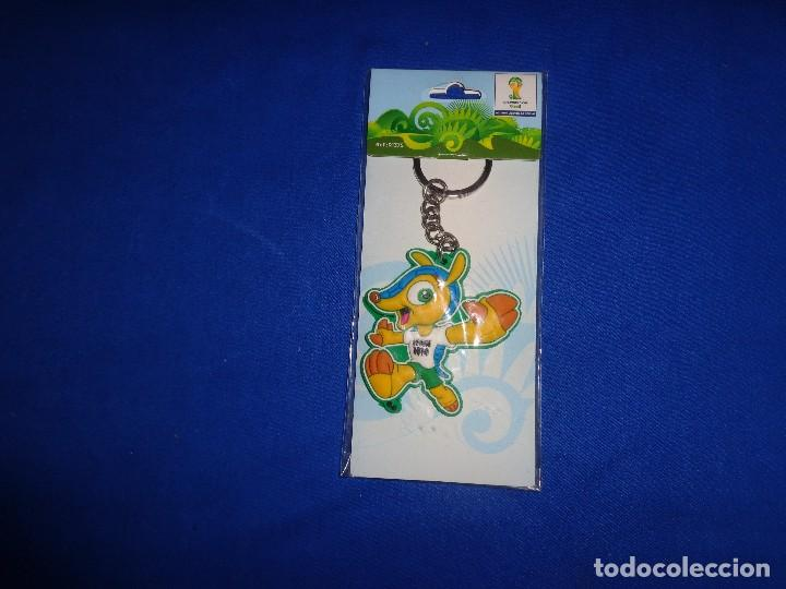 FULECO - LLAVERO OFICIAL MUNDIAL DE BRASIL,FIFA WORD CUP, MIDE UNOS 6 CM, VER FOTOS!! SM (Coleccionismo Deportivo - Merchandising y Mascotas - Futbol)