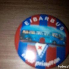 Coleccionismo deportivo: CHAPA EIBAR PRIMERAN / S.D. EIBAR EIBARBUS. Lote 107347771