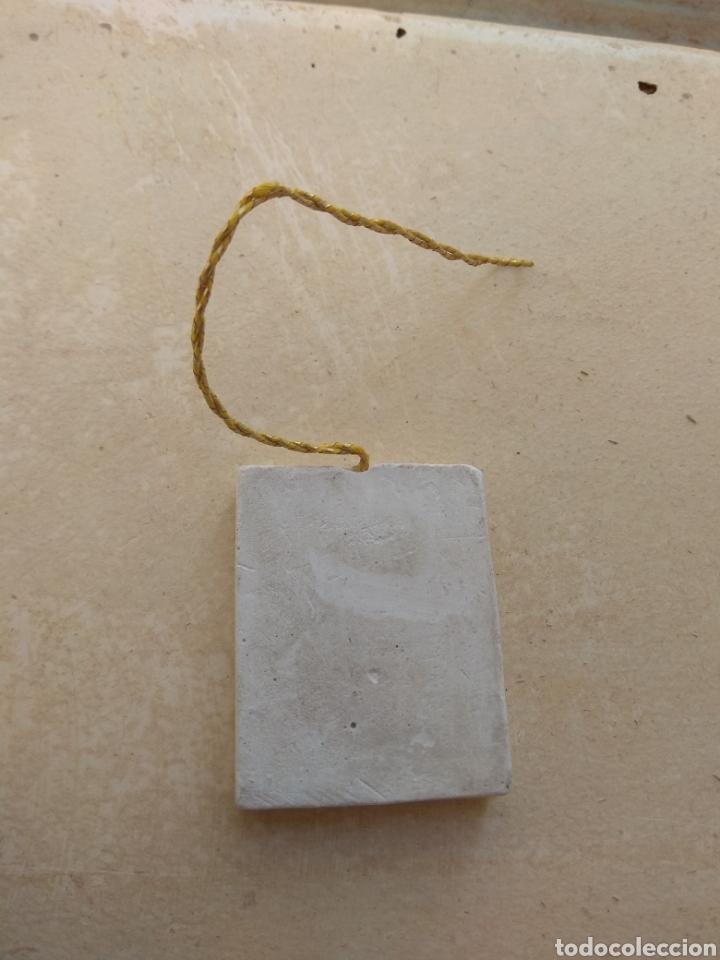 Coleccionismo deportivo: Antiguo Ambientador de Coche Avilés Industrial - Foto 2 - 111180924