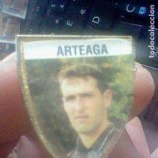 Coleccionismo deportivo: ARTEAGA PIN FUTBOL REAL SOCIEDAD *. Lote 111235139