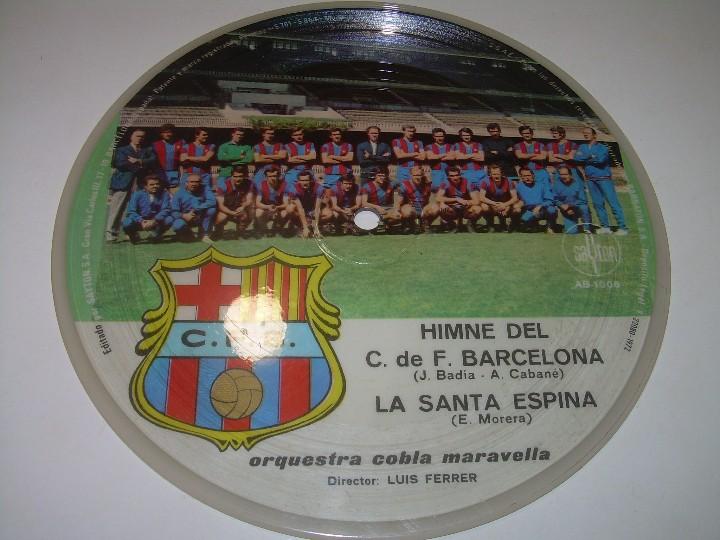 Coleccionismo deportivo: DISCO CANTADO POR LOS JUGADORES ...IMNE DEL C.F. BARCELONA. - Foto 2 - 112368747
