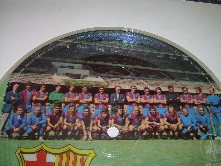 Coleccionismo deportivo: DISCO CANTADO POR LOS JUGADORES ...IMNE DEL C.F. BARCELONA. - Foto 4 - 112368747