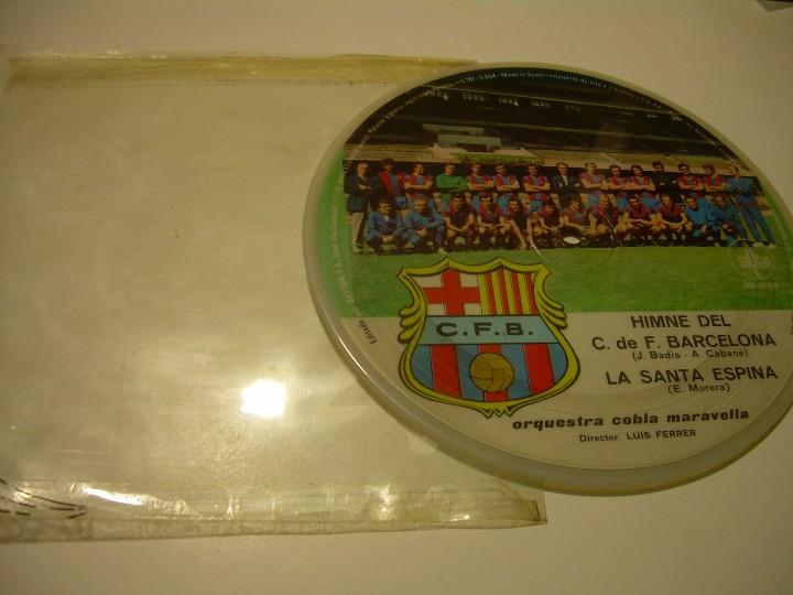 Coleccionismo deportivo: DISCO CANTADO POR LOS JUGADORES ...IMNE DEL C.F. BARCELONA. - Foto 6 - 112368747