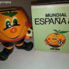 Coleccionismo deportivo: LAPICERO NARANJITO MUNDIAL 82 ESPAÑA CON CAJA NUEVO. Lote 112690467