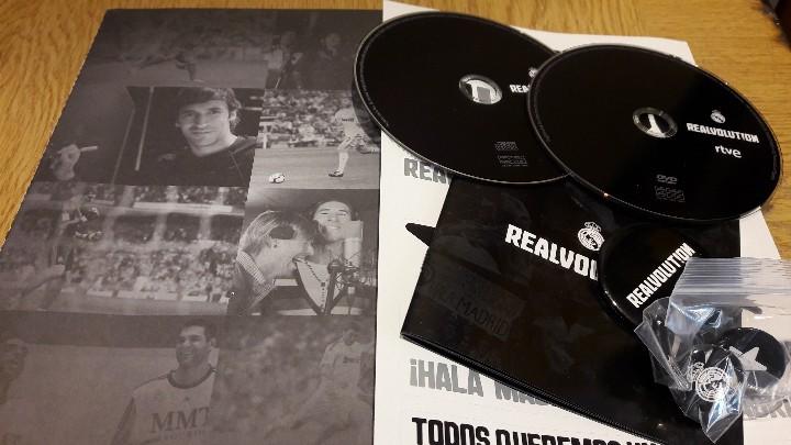 Coleccionismo deportivo: REALVOLUTION / CD + DVD + CHAPAS + ADHESIVOS + FOTO-LIBRO / PRECINTADO / LEER. - Foto 13 - 184259713