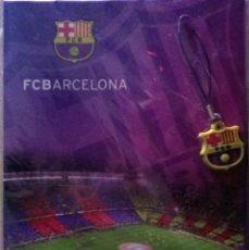 Coleccionismo deportivo: F.C. BARCELONA - COLGANTE PARA MÓVIL Y TARJETA DE FELICITACIÓN. PRECINTADA. PRODUCTO OFICIAL.. Lote 116204343