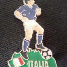 Coleccionismo deportivo: JUGADOR DE FÚTBOL DE METAL DE ITALIA DE LA EUROCOPA 1996 DE INGLATERRA.. Lote 117451235