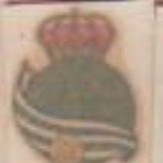 Coleccionismo deportivo: CALCA ORTEGA CALCOMANIA FUTBOL - ESCUDO DE LA REAL SOCIEDAD DE SAN SEBASTIAN DONOSTI. Lote 118069303
