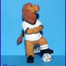 Coleccionismo deportivo: GOLEO MASCOTA MUNDIAL DE FUTBOL FIFA 2006 ALEMANIA FIGURA EN PVC BULLY # 3. Lote 118772327