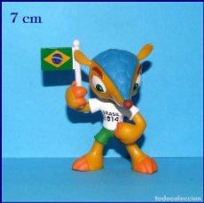Coleccionismo deportivo: FULECO MASCOTA DEL MUNDIAL DE FUTBOL BRASIL FIFA 2014 FIGURA EN PVC # 2. Lote 118774743
