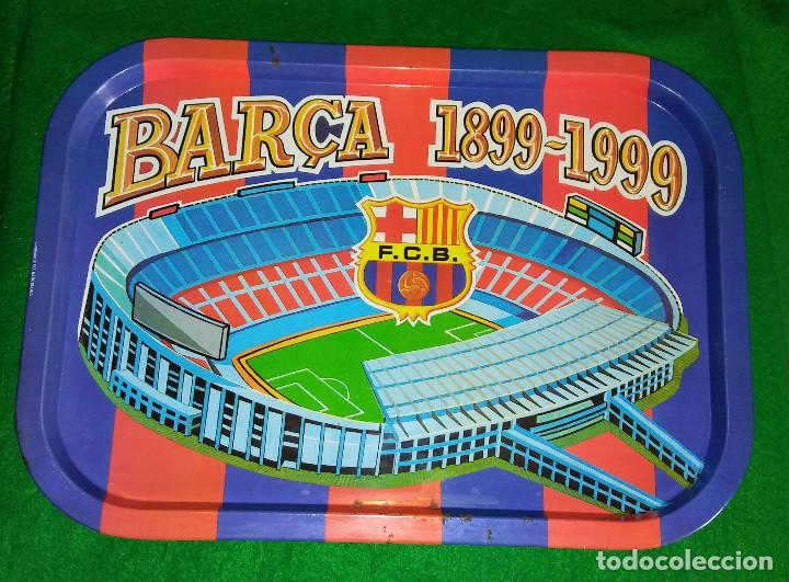 Coleccionismo deportivo: BANDEJA METALICA CENTENARIO DEL BARÇA. PRODUCTO OFICIAL. 40,5 X 28,5 CM - Foto 2 - 119466839