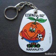 Coleccionismo deportivo: LLAVERO FUTBOL MUNDIAL ESPAÑA 82. NARANJITO. Lote 120346043